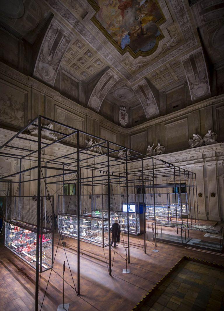 Sotto un'altra luce – I Gioielli di Gianfranco Ferrè